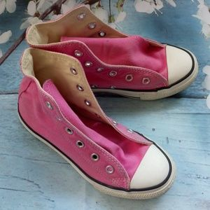 Converse Girl US 13 Pink Hi Tops Lace-Up Sneakers
